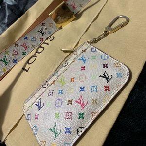 Louis Vuitton large key cles